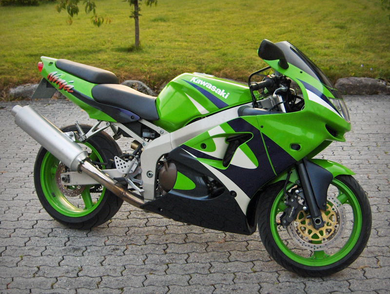 My 9900 Zx6r In White Zx6r Forum